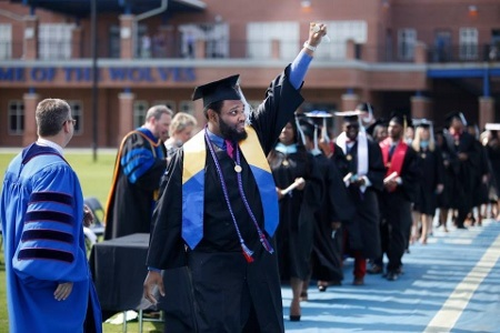 UWG Ensures Graduates Continue to Shine Bright despite Power Outage